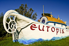 photo of eutopia bows4498956967_175a7eec2e_m
